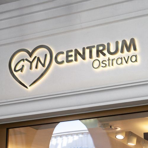 GYNCENTRUM logo