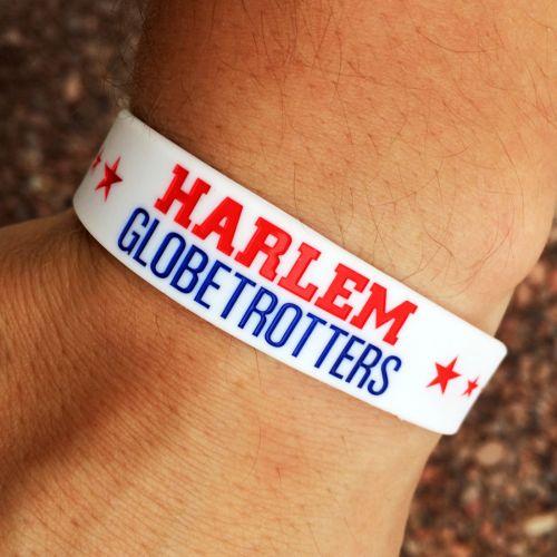 Silikonové náramky pro Harlem Globetrotters